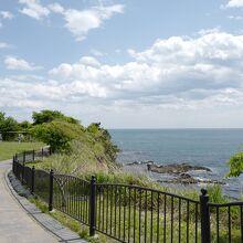 海風を浴びながら、気ままに散策出来ます。
