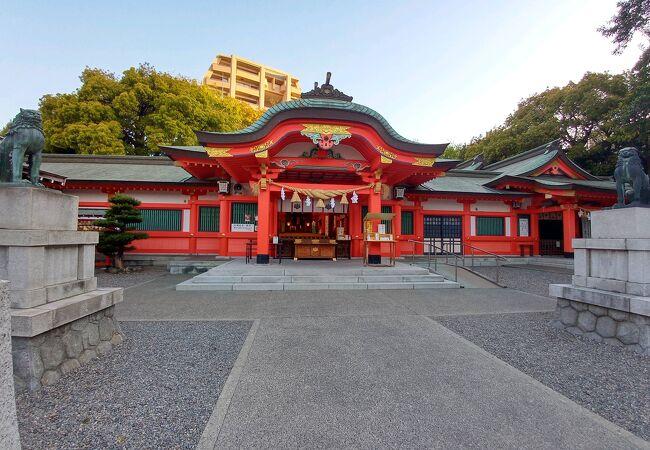 金色の御朱印で人気の神社