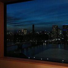 ベッドからの東京タワービュー