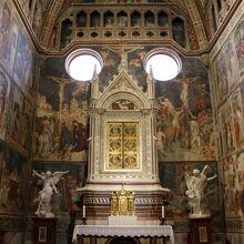 「コルポラーレ礼拝堂」