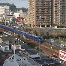 客室からの眺望2 日豊本線の特急などが見られます