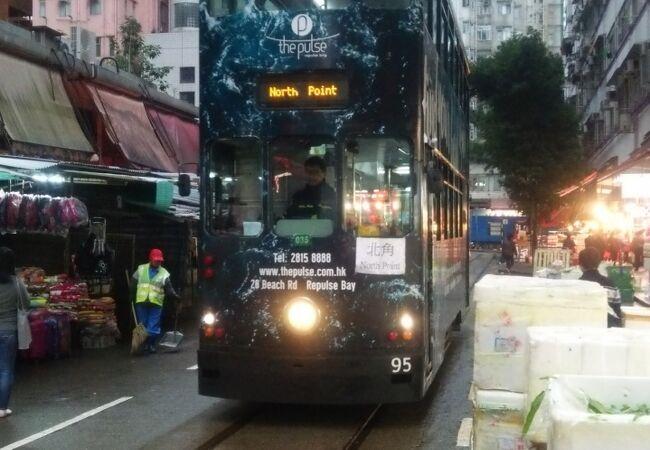 香港トラムは2階建てです