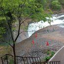 鱒飛びの滝