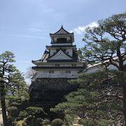 ついに来ました高知城。