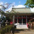 駅名にもなっており、歴史のある寺院。
