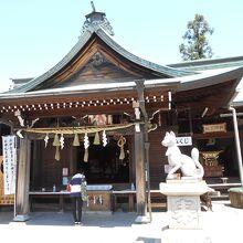 三光稲荷神社本殿