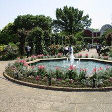 港の見える丘公園 沈床花壇