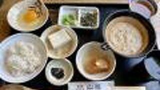 山薬朝食とろろ飯(1,958円)