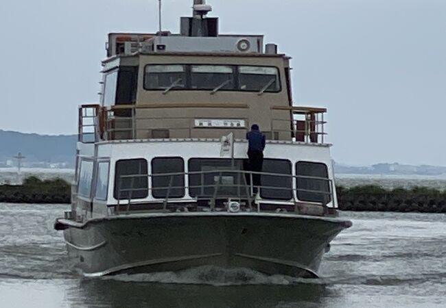 琵琶湖汽船で