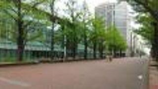 アカプラ (札幌市北三条広場)