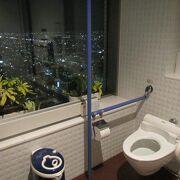 男性なら展望室のトイレを使うべき?