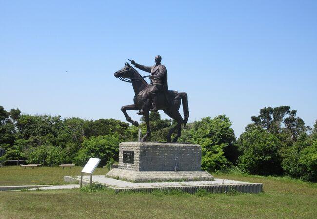 ムスタファ ケマル アタテュルク騎馬像