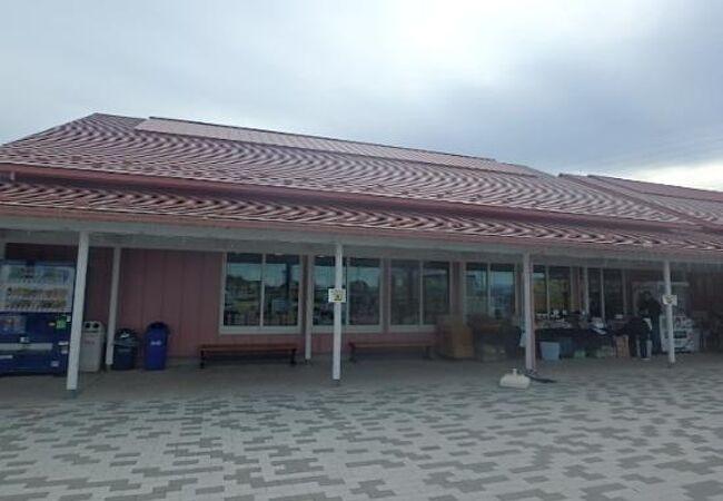 高崎玉村スマートインターのすぐ東にあります。