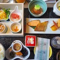 和食の朝食です。