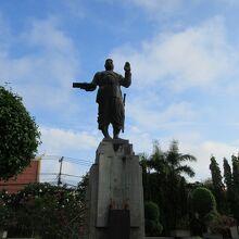 シーサワンウォン王像