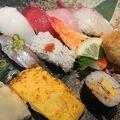 ランチはお得にお寿司がいただけます!!