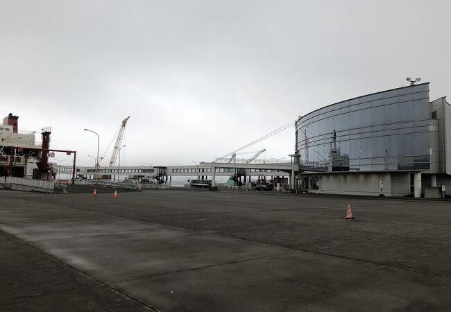室蘭港フェリーターミナル