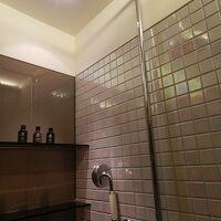 シャワーブースも別にあります