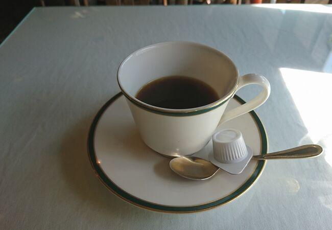 ブレンドコーヒー530円をいただきました