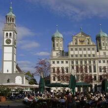 Perlachturmペルラッハ塔:市庁舎の左手に隣接した塔