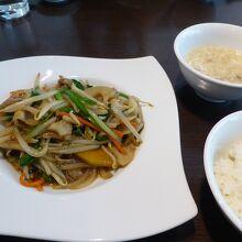 ランチ(本日のおすすめ 野菜炒め)