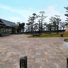 岸和田市二の丸広場観光交流センター
