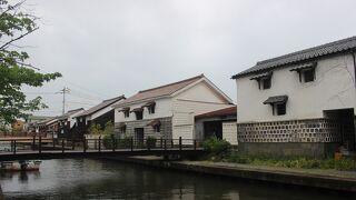 旧加茂川沿い (米子白壁土蔵)