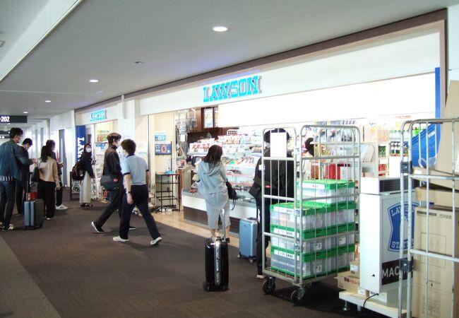 ローソン (新千歳空港出発口店)