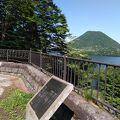 榛名湖越しの榛名山の眺めが良いです。