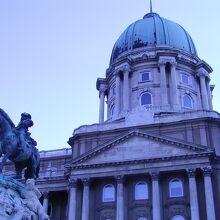 国立美術館 (王宮B~D)
