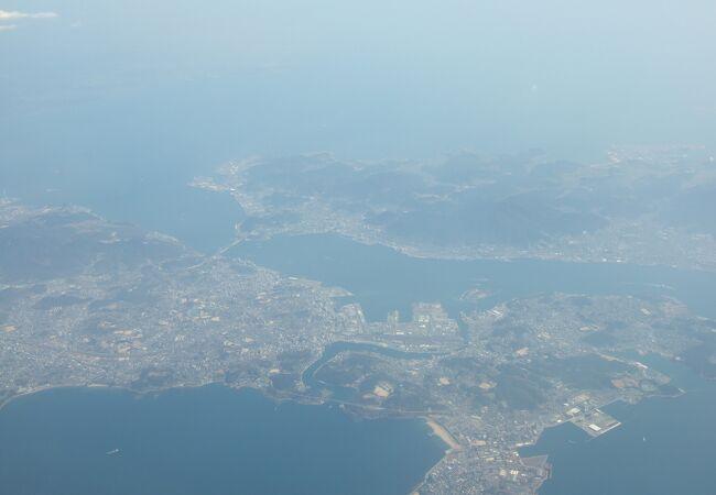 本州と九州を隔てています