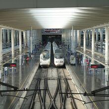 マドリード プエルタ デ アトーチャ駅 (AVE)