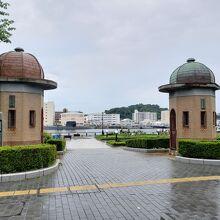 旧横須賀軍港逸見波止場衛門