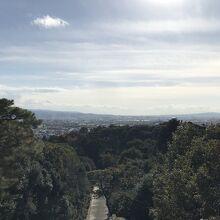 天皇陵から南方面を望む