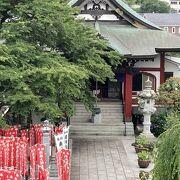 高尾駅前のお寺
