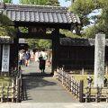 日本最古の学校と言われています。