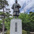 岡崎公園内の徳川家康像