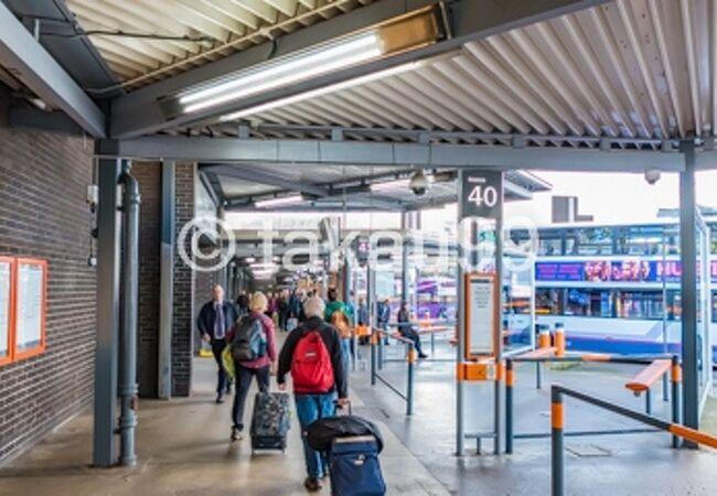 ブキャナン バス ステーション