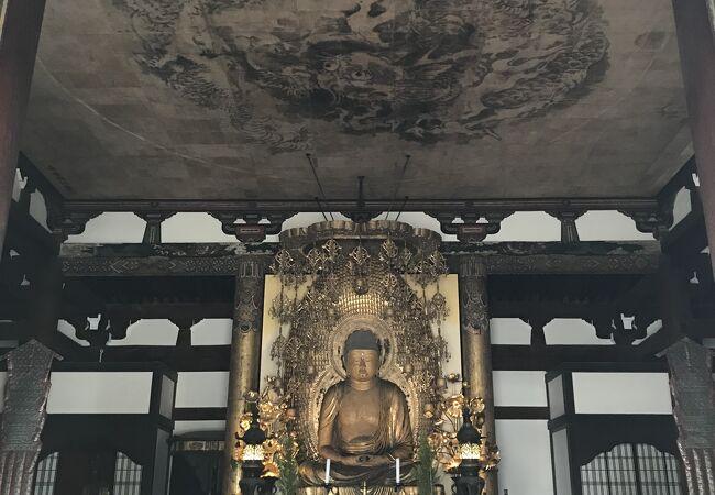 地元ではくろ谷さんとして親しまれているお寺
