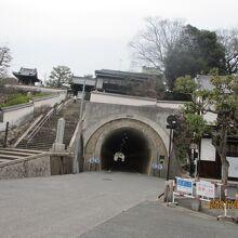 鶴形山隧道