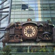 ジブリ感満載のシンボル的な存在の大時計