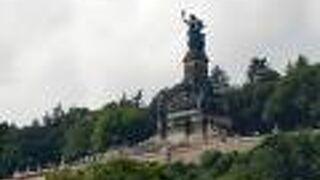 ニーダーヴァルト記念碑