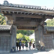 仙巌園(磯庭園) 正門