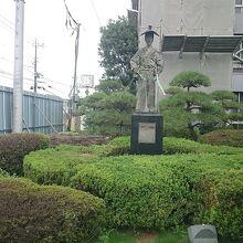 太田道灌像