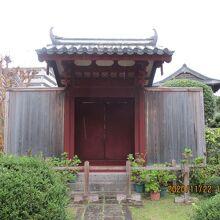 旧唐人屋敷門