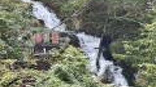 不動の滝(北海道美瑛町)