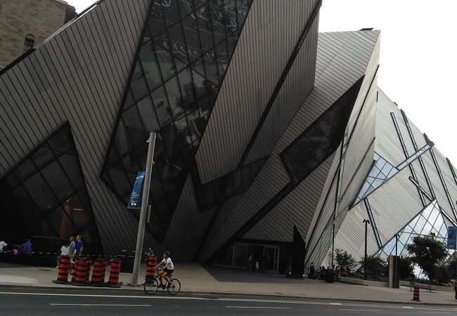 ロイヤル オンタリオ博物館