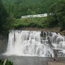 龍門の滝(栃木県那須烏山市)