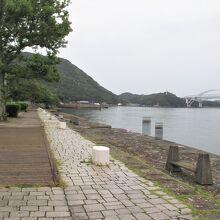 明治時代に完成した港とは思えませんね。