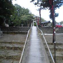 松江護国神社